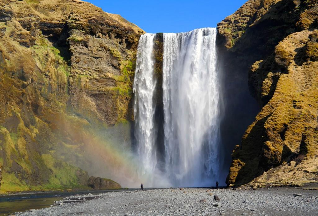 Island_Skogafoss_Waterfall