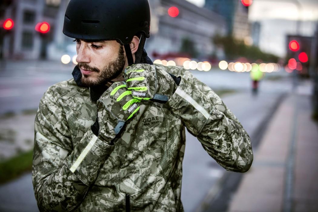 Gore-Bike-Wear-Camouflage-Jacke-Helm
